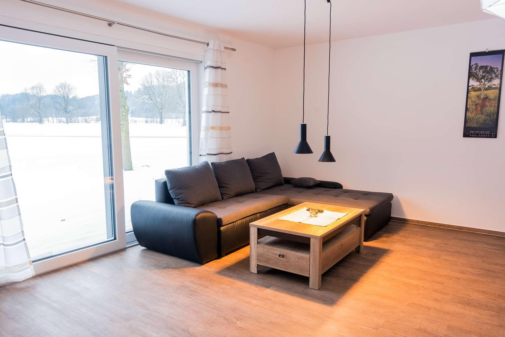 Sofaecke und Panoramafenster Wohnzimmer Biber 1